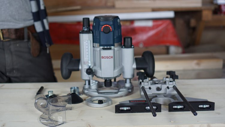 Bosch-GOF-1600-CE-Lieferumfang