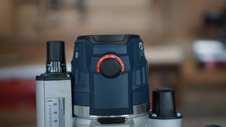 Drehzahlregulierung-Bosch-blau